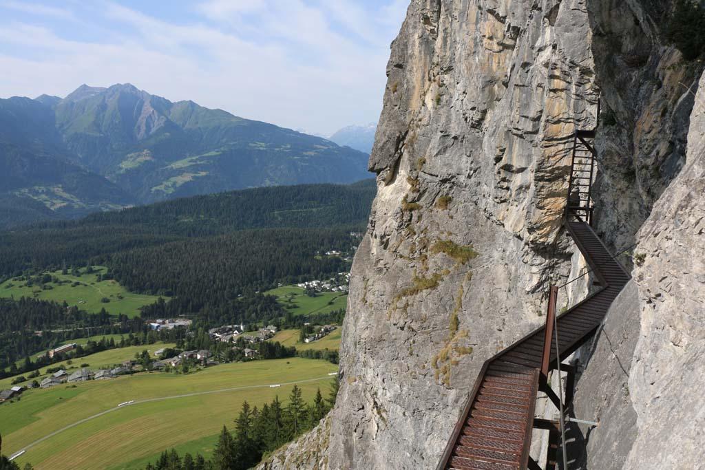 Klettersteig Quarzit Wand : Flims graubünden 2015