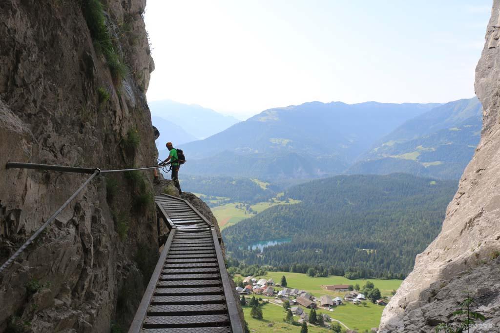 Klettersteig Quarzit Wand : Klettersteig quarzit wand burg laudegg ladis klettersteige zur