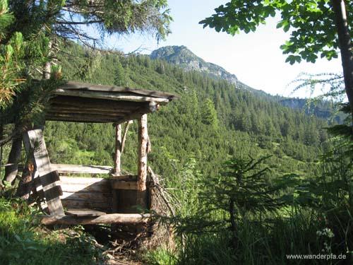 Jagdstand an der Abzweigung Richtung Grubachspitze